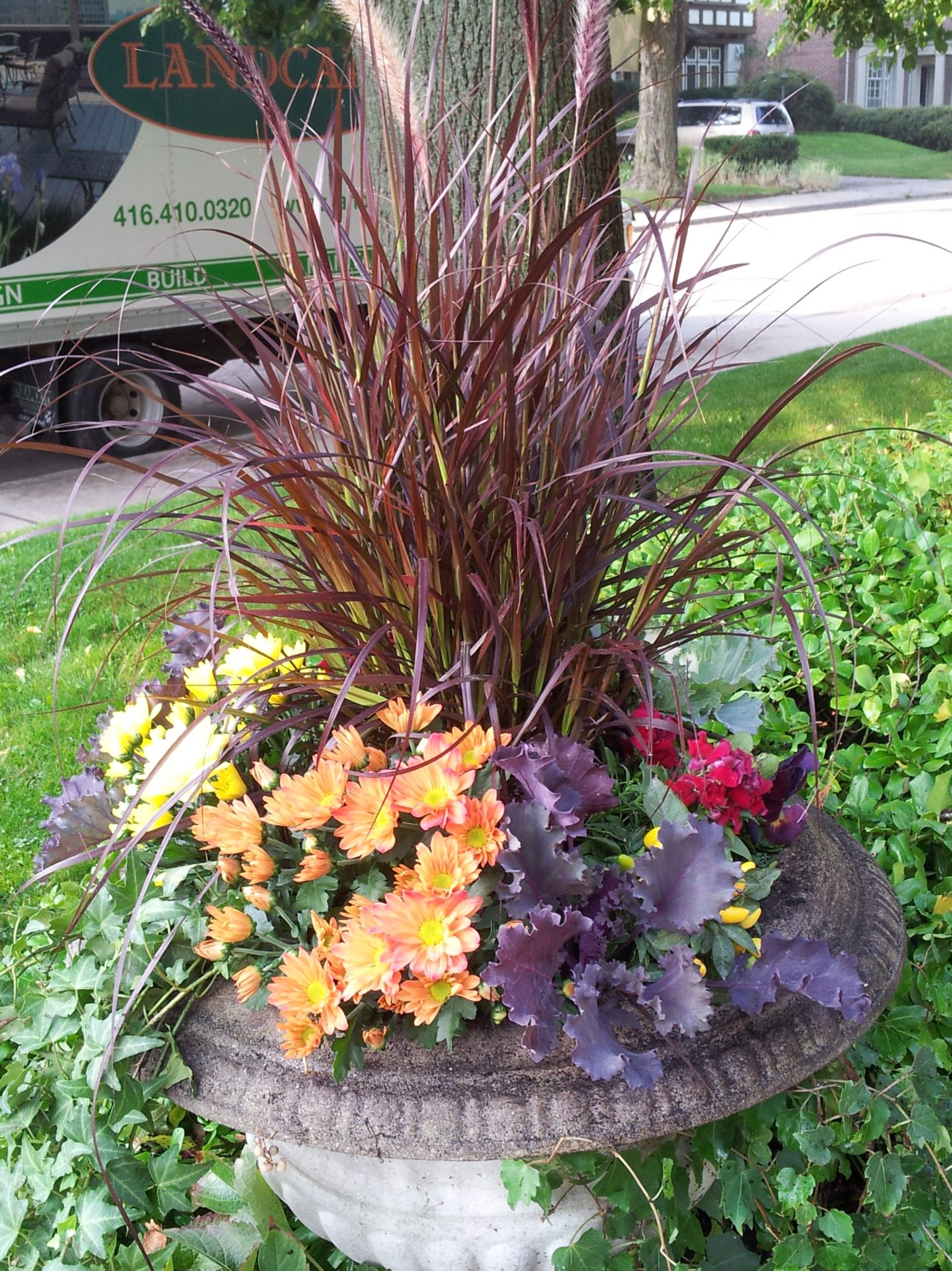 residential fall urn