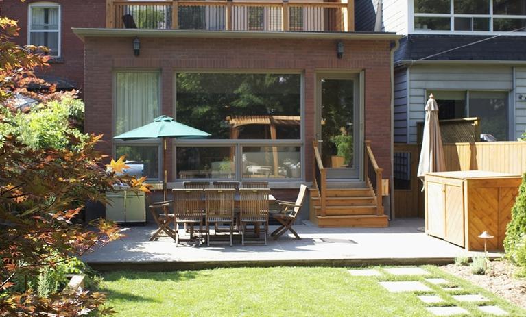 3 66 farnham patio