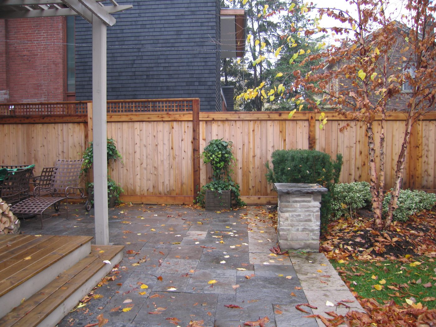 Residential Cedar Fence Construction