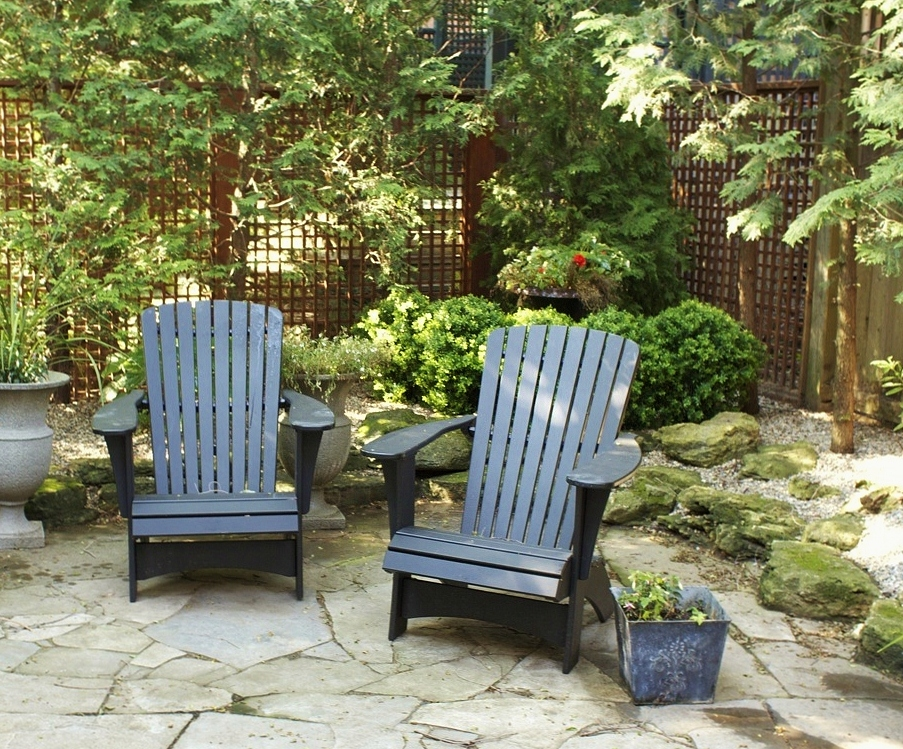 9 lamport chairs